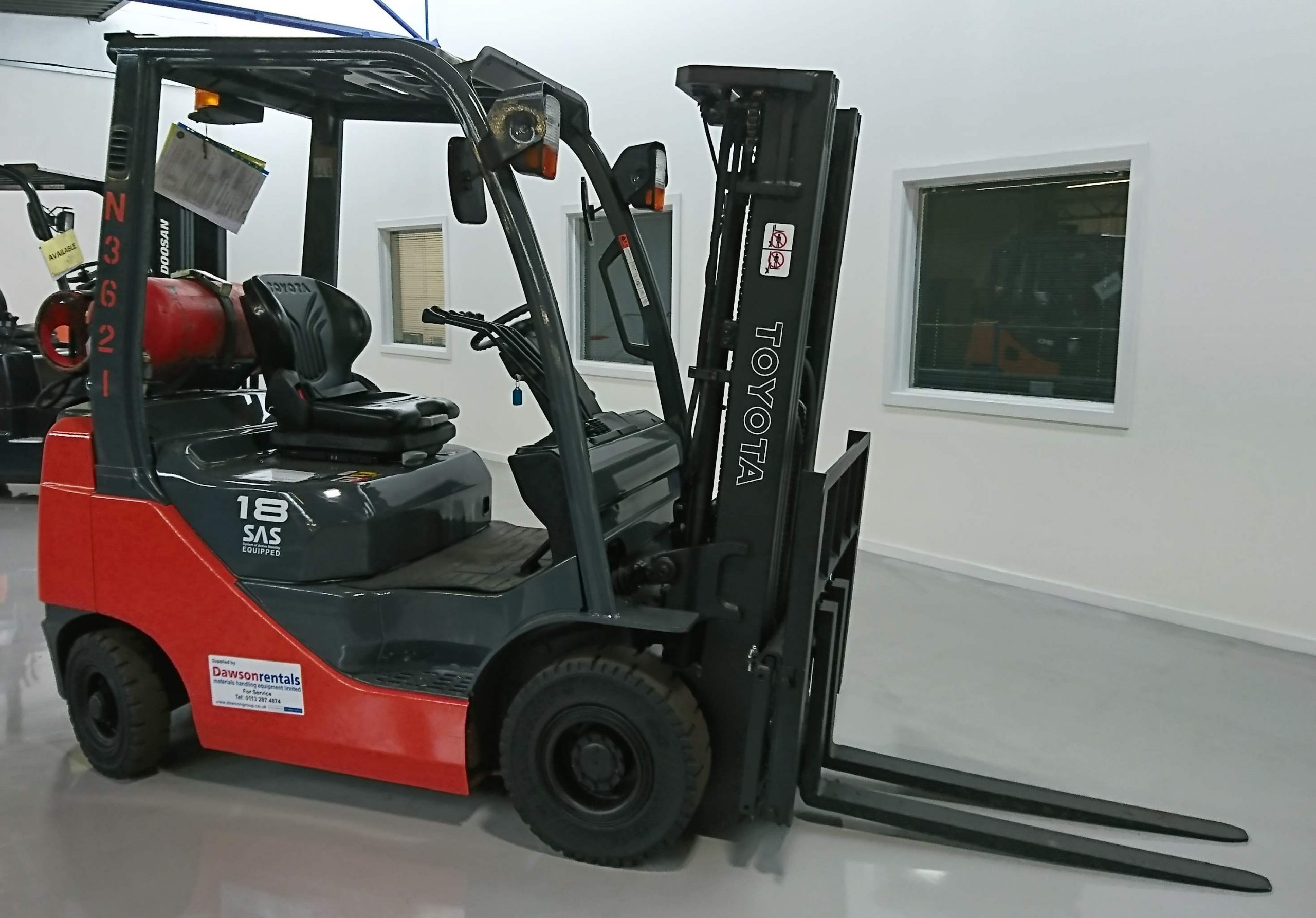 Forklift Truck 6